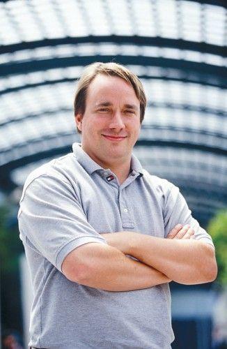 Linus Torvalds NO deja Linux [Actualizada]