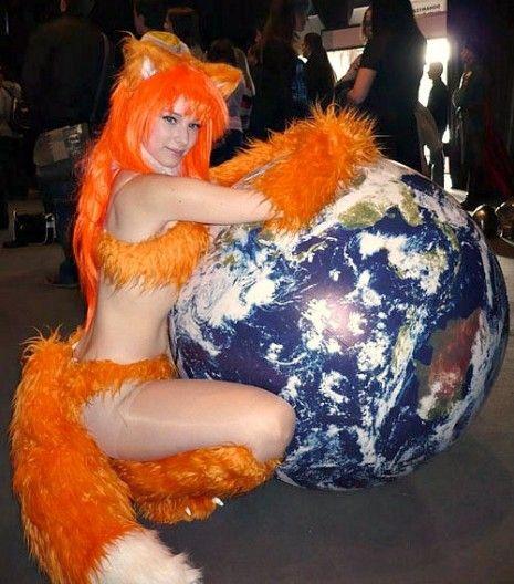 funny-Firefox-Halloween-costume-girl