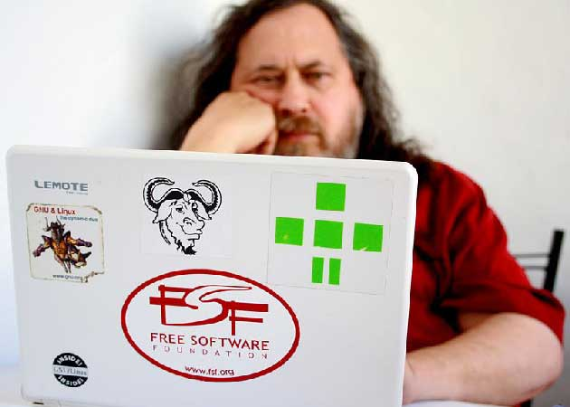 Robo-Stallman-portatil