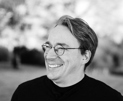 Linus Torvalds Linus birthday: 43 in their uptime ;)