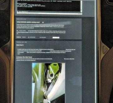 Gentoo con XFCE funcionando sobre un Tesla Model S 2